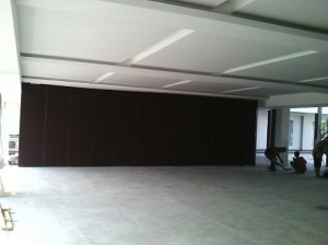partisi lipat movable wall