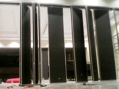 Penyekat Ruangan Ballroom Neohotel Kupang