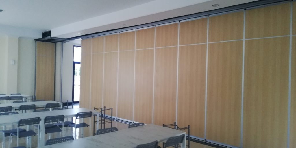 sliding partition