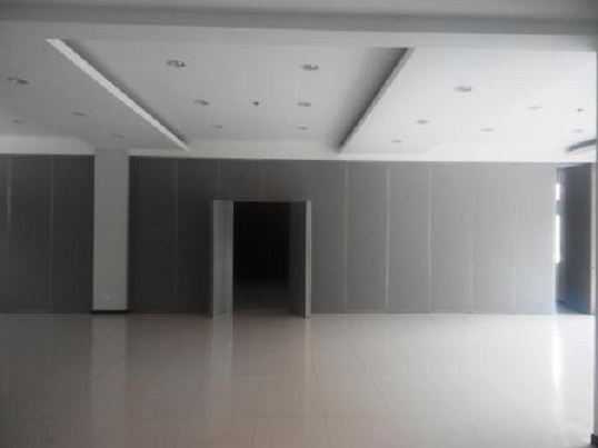 partisi geser movable wall