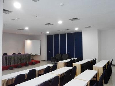 Partisi Geser Hotel Cendrawasih Makassar